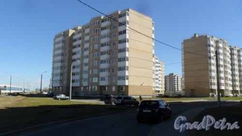 Красное Село, Геологическая улица, дом 46, корпус 3. 9-этажный жилой дом 2011 года постройки. 4 парадные, 179 квартир. Фото 3 мая 2017 года.