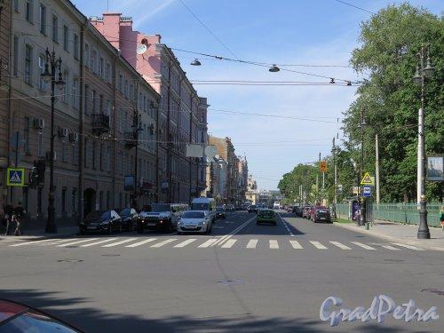 Потемкинская ул. Вид Улицы от Кирочной ул. к Шпалерной. фото июль 2015 г.