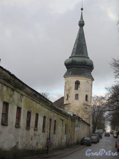 Выборгская ул. (Выборг), д. 13а. Башня Ратуши. Общий с частью стены. фото декабрь 2015 г.