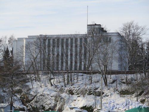 Штурма ул. (Выборг), д. 1. Выборгский областной архив зимой. фото февраль 2016 г.