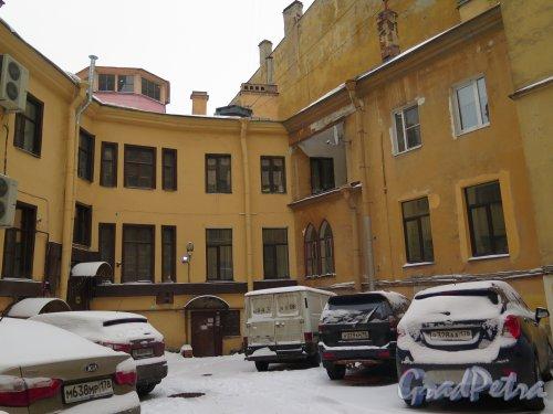 Гагаринская ул., д. 8. Дом Кокошкина. Двор. Угловая часть. фото февраль 2016 г.